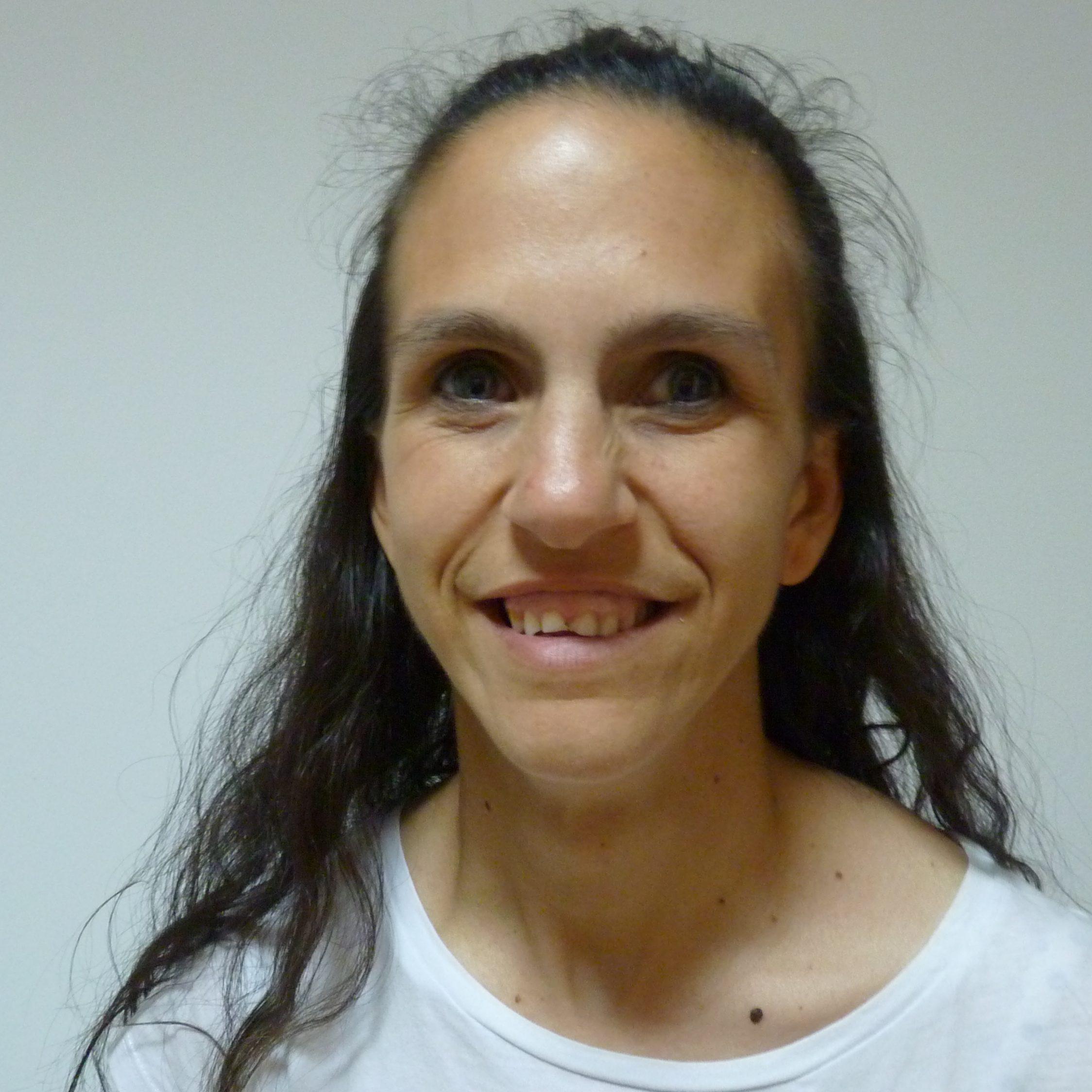 Ana Briones Olivares